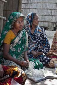 Empowering women through Self-Help Groups: Evidence of effectiveness, questions of scale